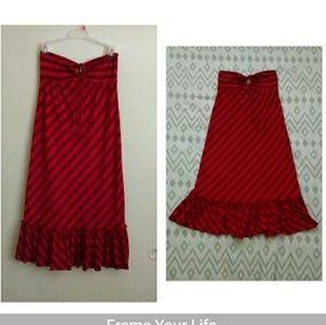 Like new Ella Moss red sweetheart ruffled dress